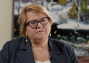 Dr Vera Bril